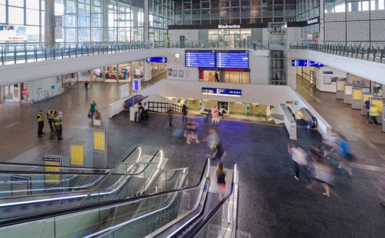 Nowe technologie na dworcach PKP